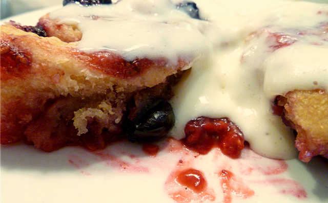 mixed berry rolls | The Baking Fairy