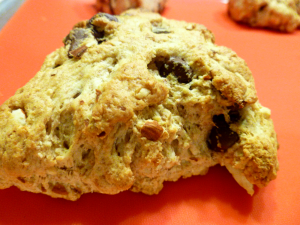 dark chocolate & almond scones | The Baking Fairy