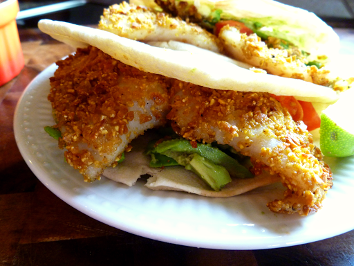Sweet potato crusted fish tacos with spicy greek yogurt for Potato crusted fish